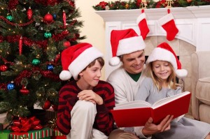 reading-to-kids-on-christmas